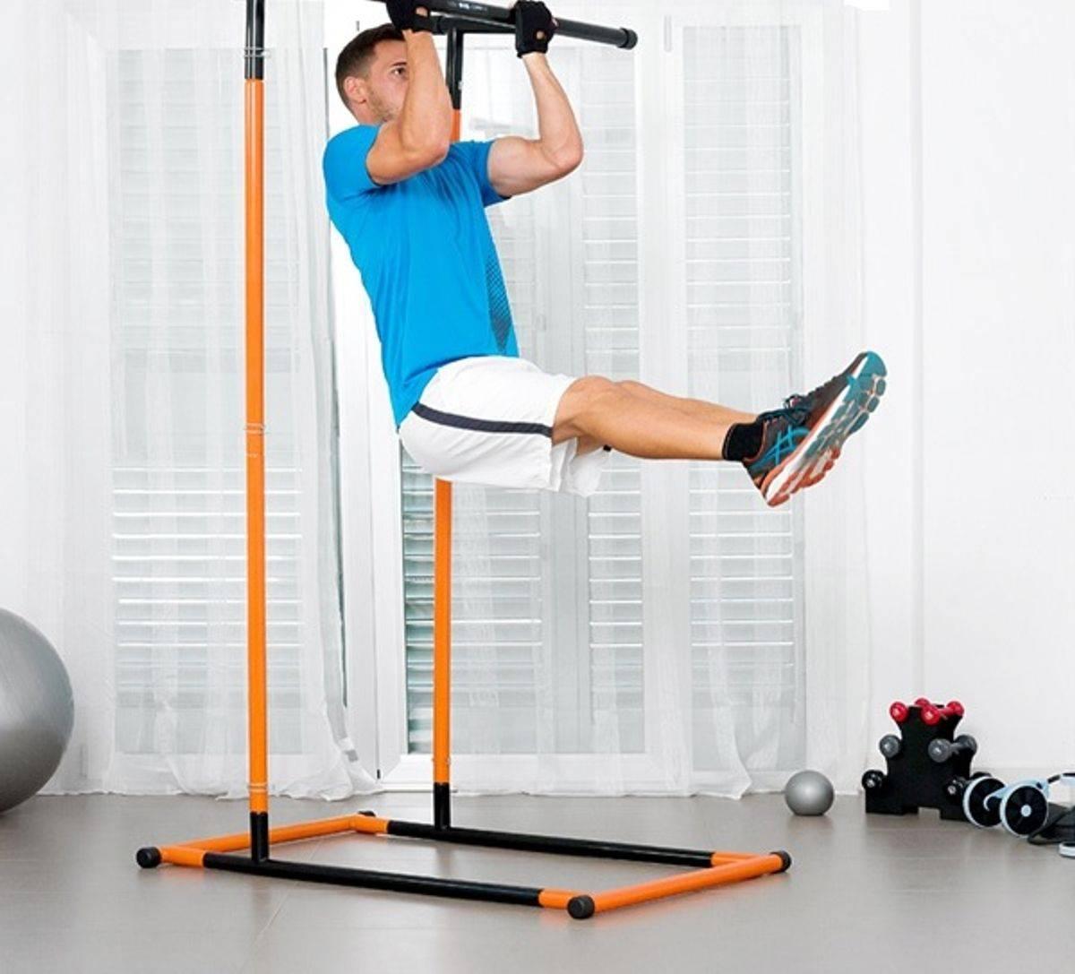 PowerGym  Pull-Up Rack treningsapparat og fitnesstasjon